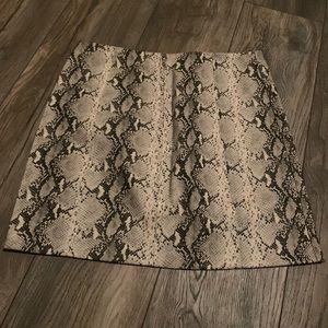Dresses & Skirts - White faux snake skin skirt